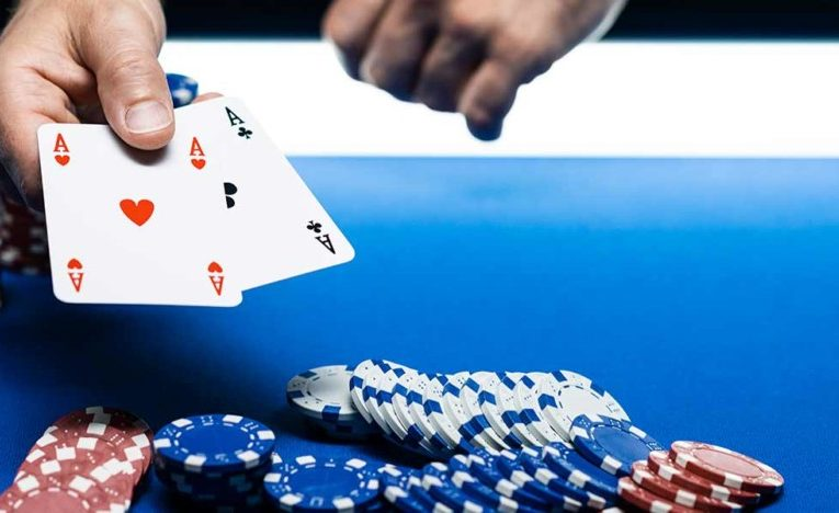 Tips for playing multiple online poker tournaments at the same time