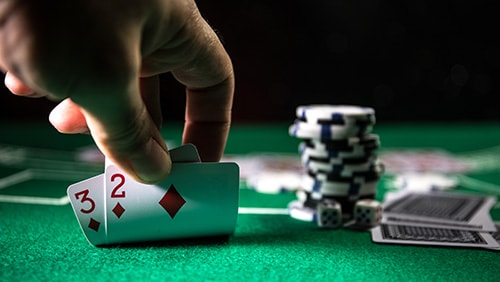 Dealing Cards and Betting Rounds in Poker