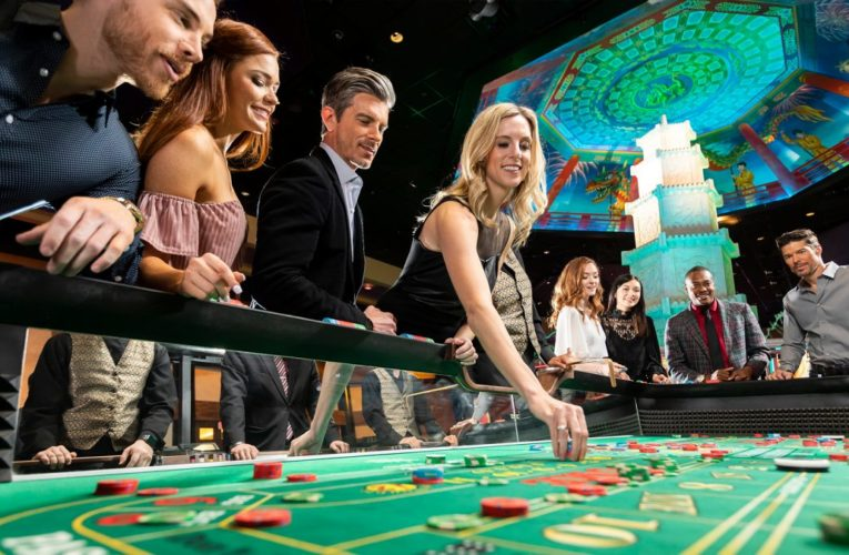 Casinos Playing Welcome Bonuses To Attract Customers!