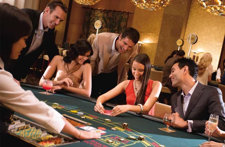 What are the characteristics that you need in selecting the best online casino?